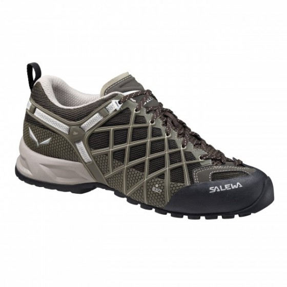 Треккинговые кроссовки Salewa Tech Approach MS WILDFIRE VENT Black Juta   e88274b07a9
