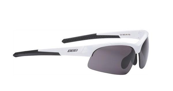 e83c401e8076 Очки солнцезащитные BBB Impress Small PC smoke lenses блестящий белый  (BSG-48)