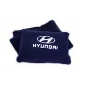 Наволчка с логотипом Hyundai Urma