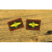 Эмблема петличная оливка кант красный вышивка жёлтая ВОЙСКА СВЯЗИ с липучкой