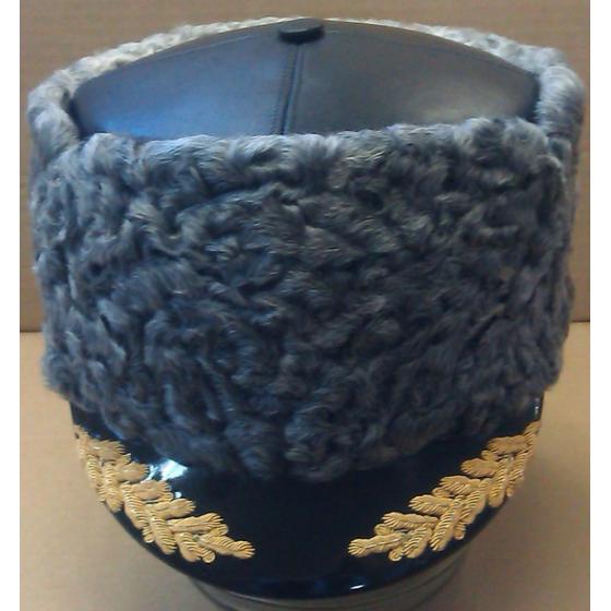 Шапка из каракуля комбинированная с кожей с вышитым козырьком для высшего командного состава (с вышивкой)