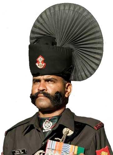 Индийская церемониальная военная форма