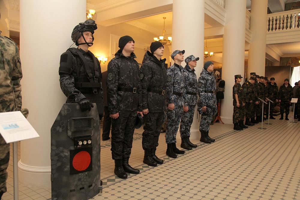 Новая форма Национальной гвардии РФ (Росгвардии) 7a9404ef21e