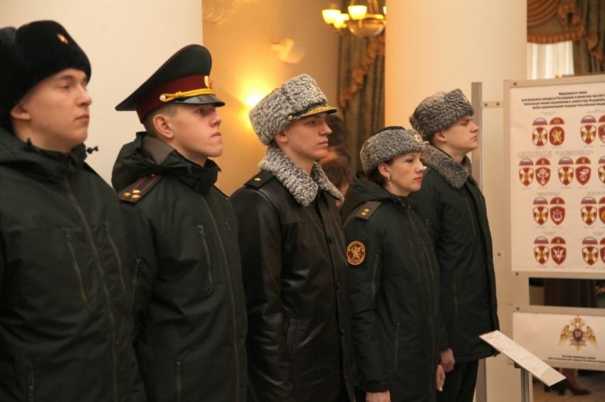 фотостудии новая форма национальной гвардии россии фото менты любят